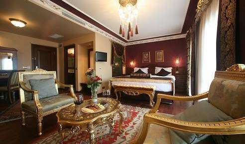 Search availability for the best hotels in Istanbul