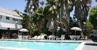 hotel reservations in South Los Angeles